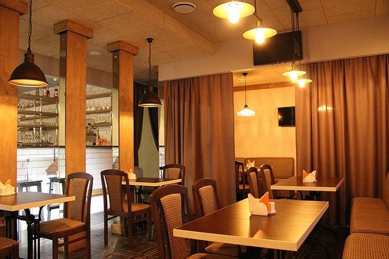 Оптимальные материалы для внутренней отделки при ремонте кафе и ресторанов