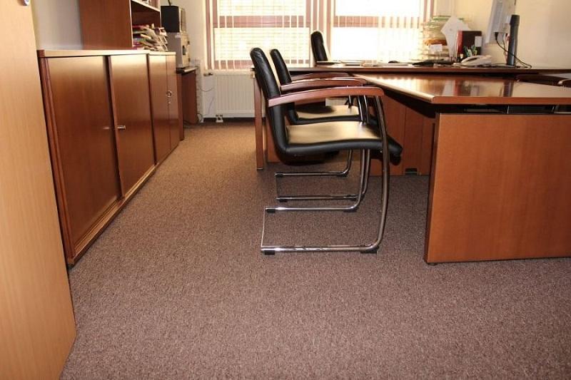 Отделка и ремонт офисов и квартир «под ключ» в зависимости от класса